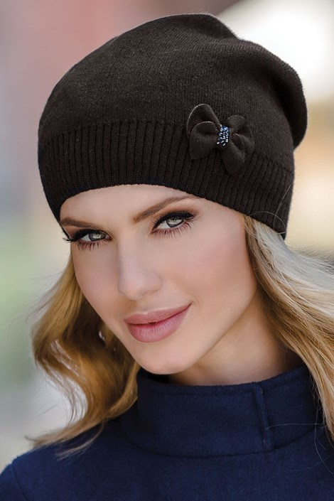 Женская шапка Nikola Black