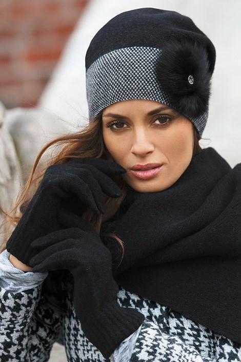 Женская шапка Elena Black