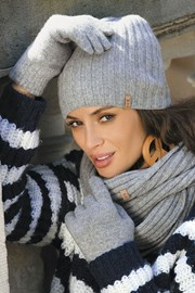 Женская шапка Perla