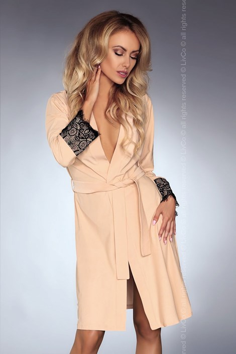 Элегантный халат Daniella