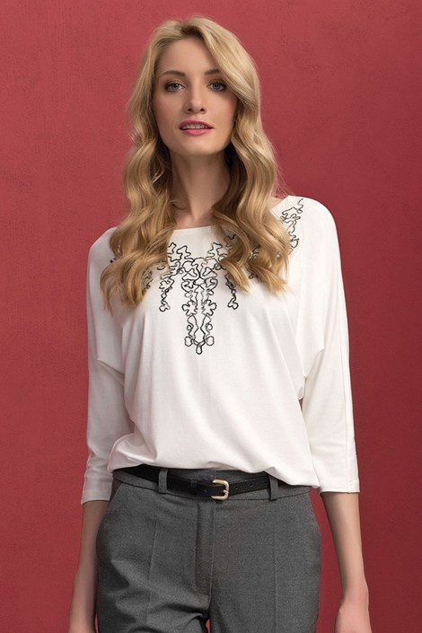 Женская блуза с вышивкой Sarina White