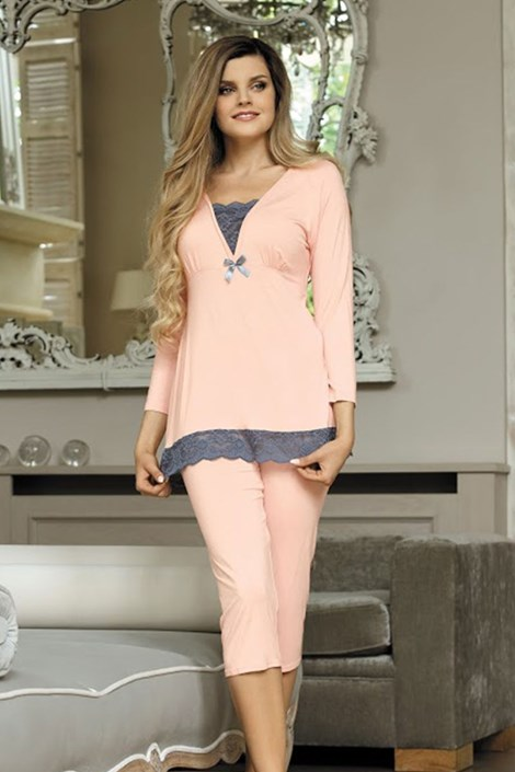 Элегантная пижама Ana