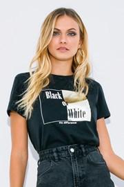 Жіноча футболка з короткими рукавами Black or White